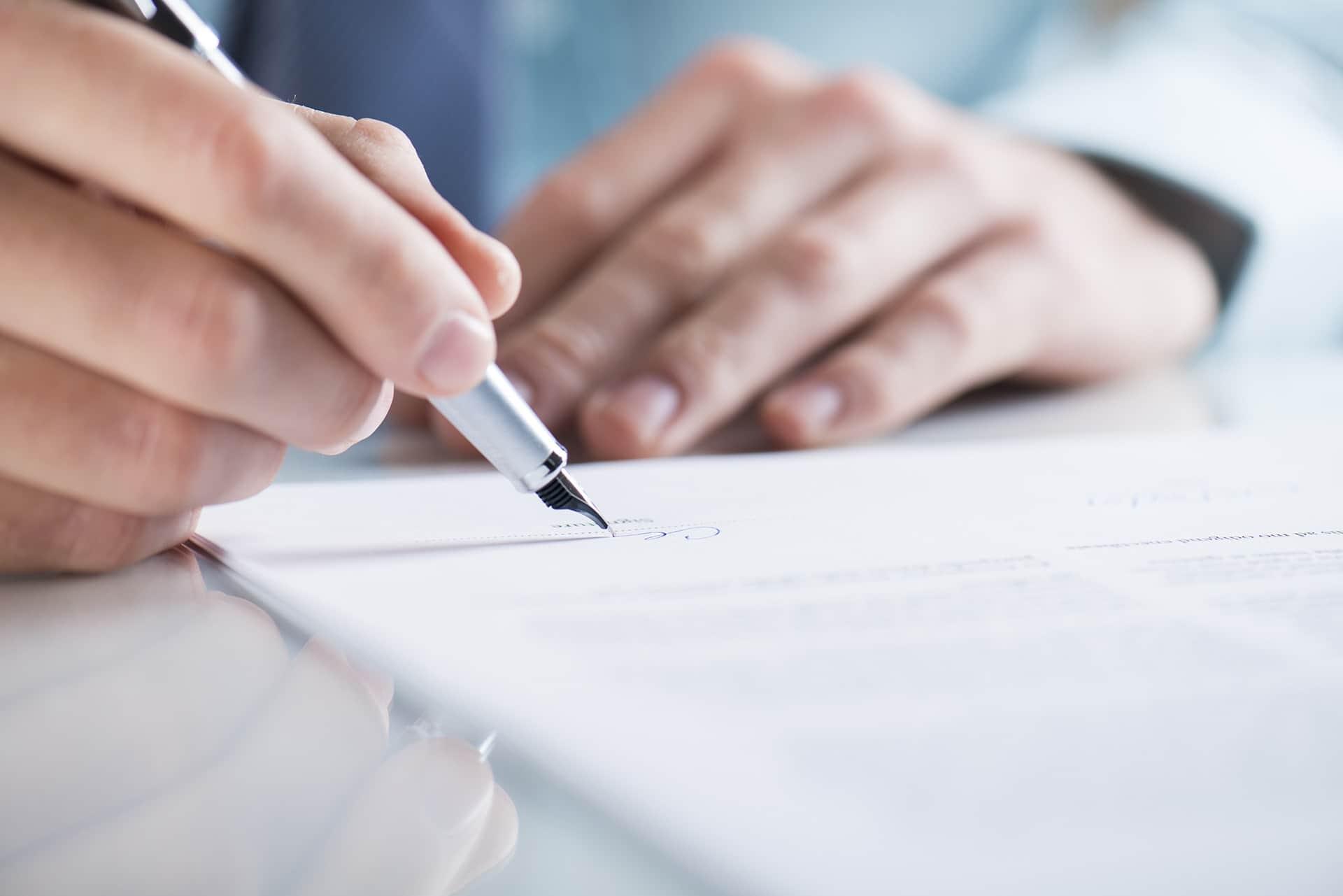 Что правообладателю программы ЭВМ предусмотреть в лицензионном договоре